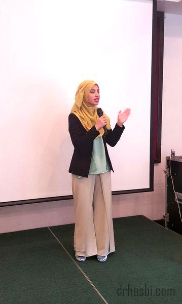 CDM Adibah Karimah dan CDM Dr Hasbi adalah pemimpin dalam Eziproject bersama Awesomazing Team
